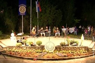 """Danas centralni program """"Belovodske rozete"""""""