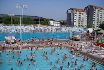 Velika posećenost kruševačkih bazena