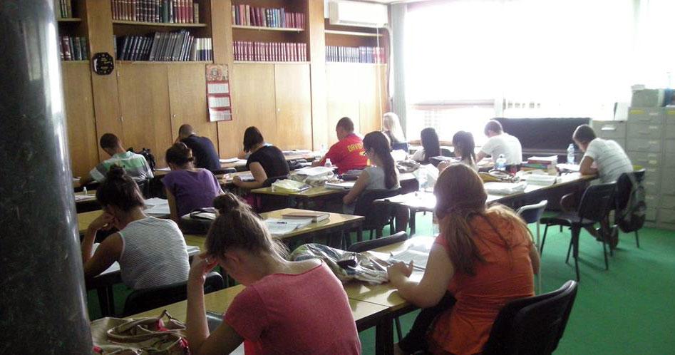 Biblioteka raspisala konkurs za tinejdžere