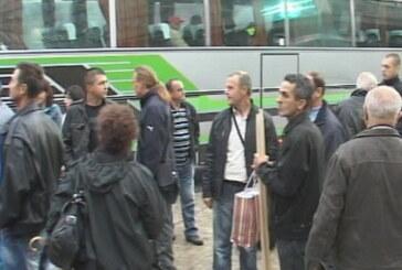 I kruševački sindikalci na protestu u Beogradu (VIDEO)