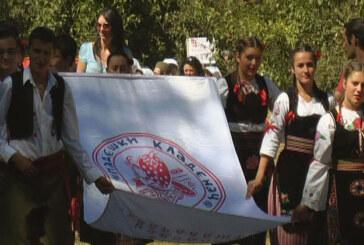 Padeški kladenac okupio oko 300 učesnika (VIDEO)