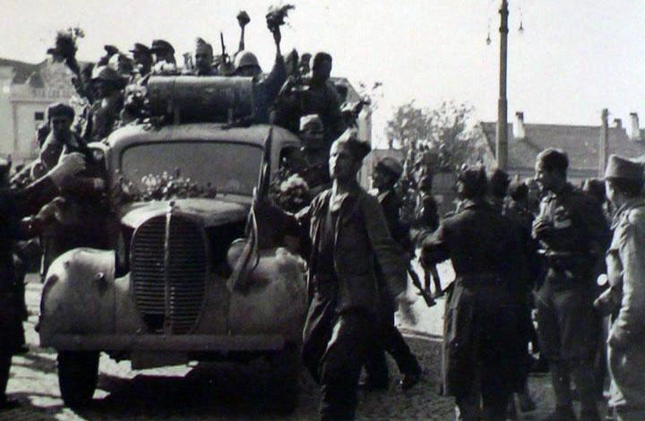 """Otvorena izložba """"14. oktobar 1944. Dan oslobođenja Kruševca"""" (VIDEO)"""