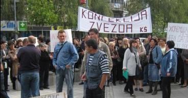 """Protesni skup radnika """"Zvezde"""" ispred Gradske uprave"""