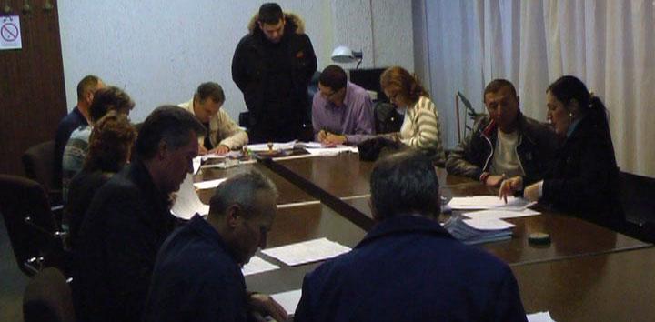 IMK 14. oktobar: Počelo potpisivanje Ugovora, odziv radnika neodgovarajući (VIDEO)