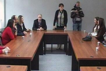 Sertifikati polaznicima kursa za samostalno vođenje knjigovodstva (VIDEO)
