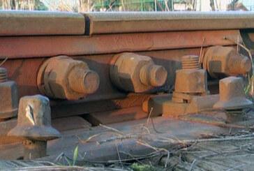 Krađa spojnica sa železničkih šina (VIDEO)