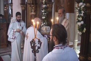 Vaskršnja liturgija u Sabornoj crkvi Svetog Đorđa (VIDEO)