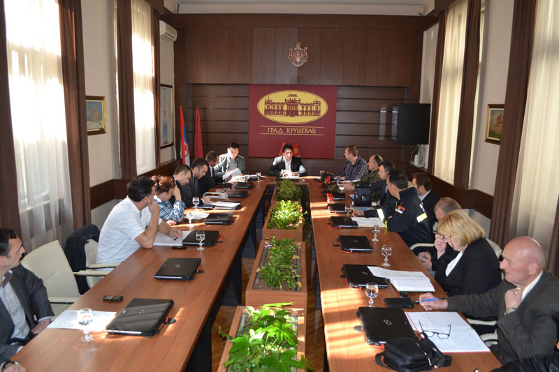 Proširena sednica Štaba za vanredne situacije Grada Kruševca: Prioriteti za sanaciju štete (VIDEO)