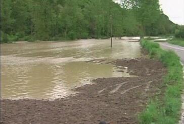 Kalenićka reka poplavila gornji Temnić (VIDEO)