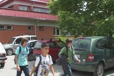 Sutra kraj školske godine za osnovce (VIDEO)