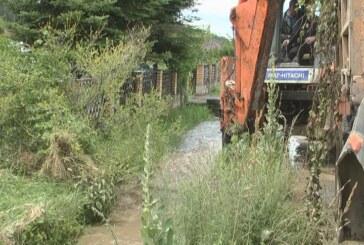 U Modrici počelo čišćenje kanala