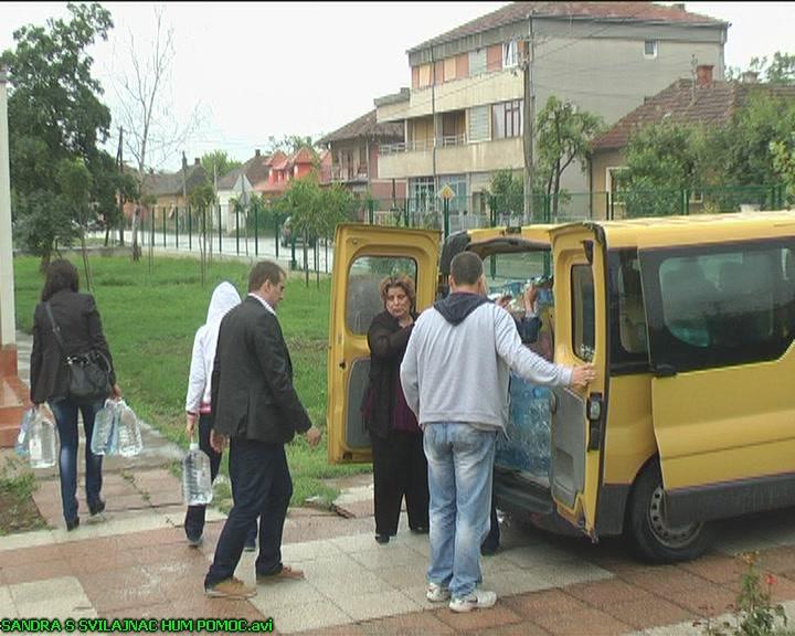 """Uručena pomoć Ustanovi """"Dečija radost"""" u Svilajncu (VIDEO)"""