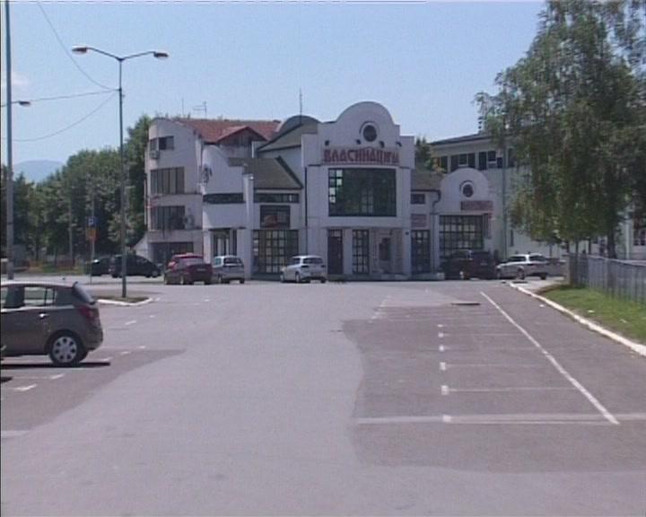 Rampa na parkingu kod Hale sportova i sale Soko (VIDEO)