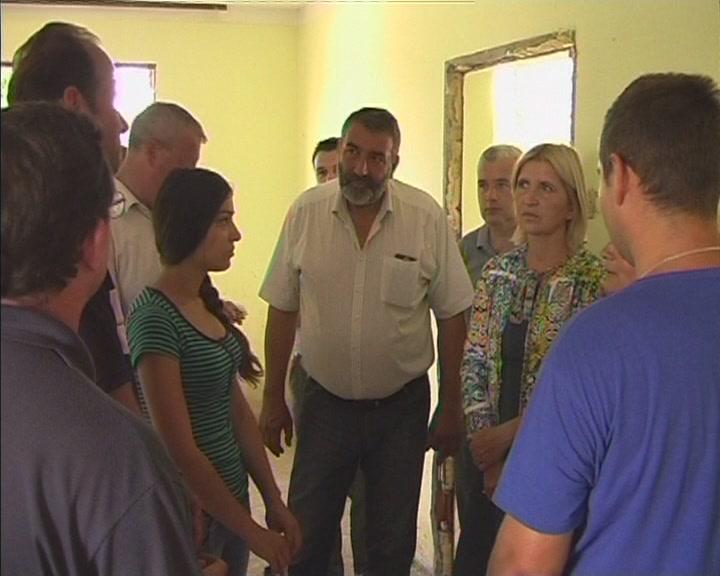 Dragica Nikolić posetila Obrež (VIDEO)