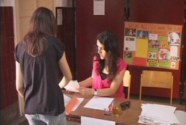 Počeo upis u srednje škole (VIDEO)