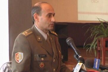 """U kasarni """"Car Lazar"""" primopredaja dužnosti komandanta Centra za obuku logistike (VIDEO)"""