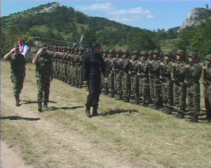 Letnja obuka pripadnika Specijalne brigade na poligonu Stol (VIDEO)