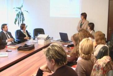 Seminar namenjen kompanijama iz Rasinskog okruga koje posluju sa inostranstvom