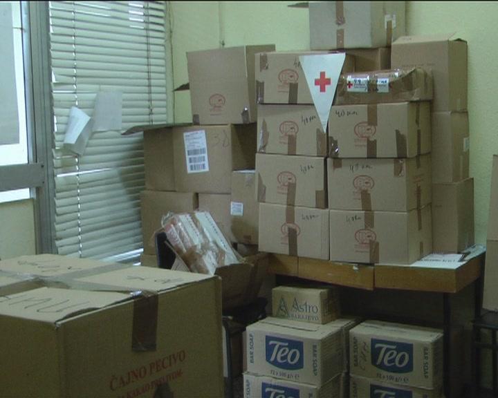 Paketi Crvenog krsta povodom Svetskog dana borbe protiv siromaštva (VIDEO)