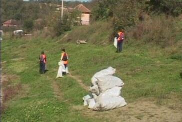 Jezero Ćelije: Javni radovi na čišćenju čvrstog otpada