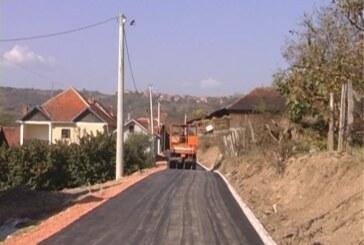 U opštini Aleksandrovac u toku asfaltiranje više putnih pravaca