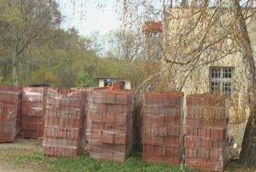 Zamena krovne konstrukcije Doma kulture u Sušici (VIDEO)