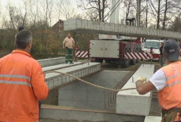 Gradonačelnik obišao radove na sanaciji mosta u Crkvini (VIDEO)