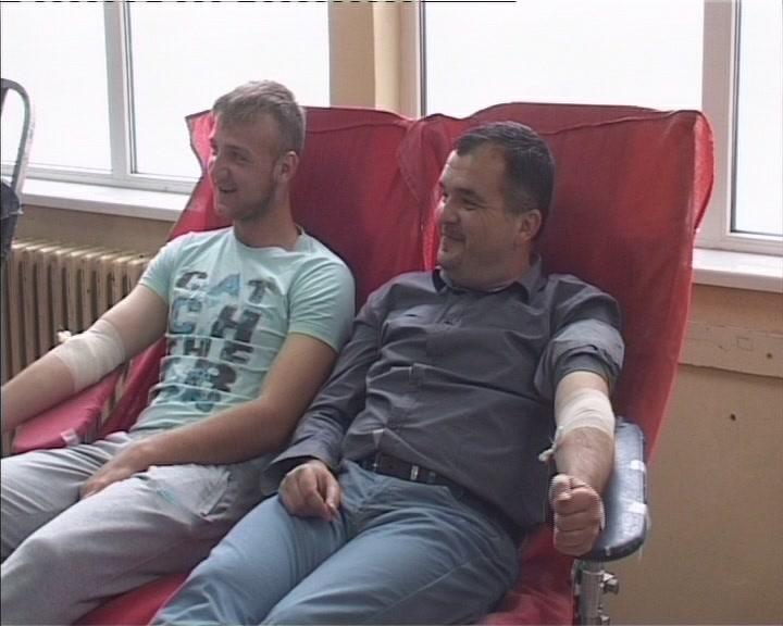 Dobrovoljni davaoci krvi u kruševačkim srednjim školama
