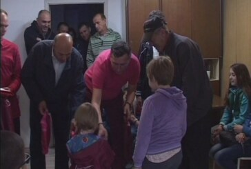 Udruženje ratnih vojnih invalida Kruševac podelilo školski pribor i opremu