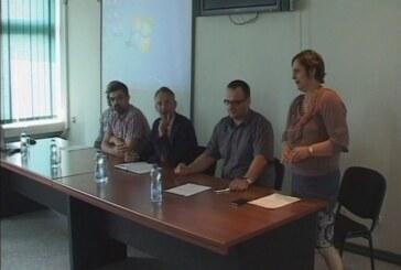 Panel diskusija o dostignućima mladih u oblasti osnivanja i rada učeničkih kompanija