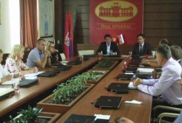 Sastanak ministra Gašića sa gradonačelnikom Nestorovićem i predstavnicima javnih preduzeća