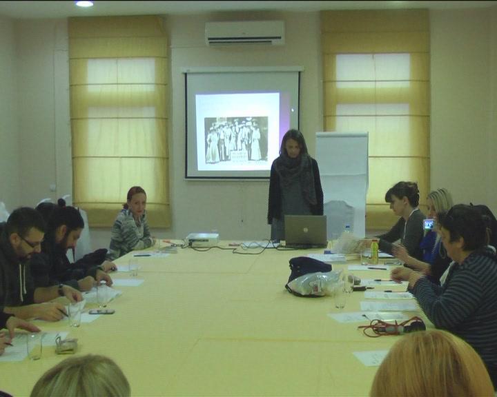 Udruženje žena Peščanik organizovalo trening za predstavnike medija u Rasinskom okrugu