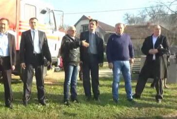 Ministar Ilić i gradonačelnik Nestorović obišli klizišta u Zdravinju i kod Novog groblja