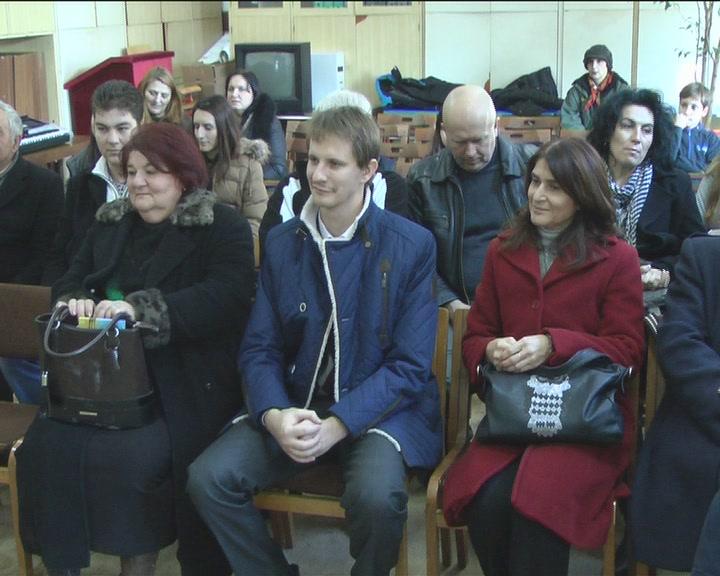 Predstavnici Ruske ambasade poklonili  knjige na ruskom OŠ u Šiljegovcu