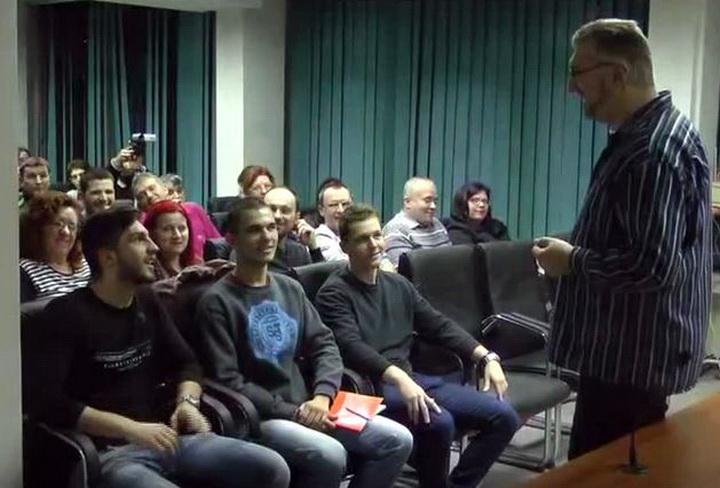 Javni nastup i veština govorništva