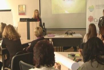"""Održan seminar o temi """"Razvijanje aktivizma i volonterizma kod učenika"""""""