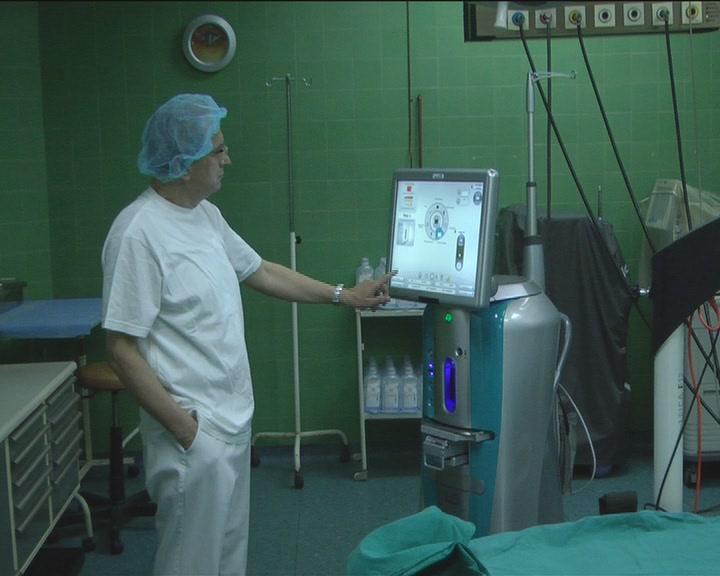 Oftalmološkoj službi Opšte bolnice doniran aparat za operacije katarakte
