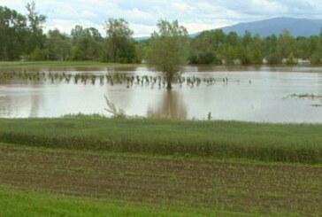 Dalje povlačenje vodotokova, u Velikom Šiljegovcu sanacija kvara na vodovodnoj mreži