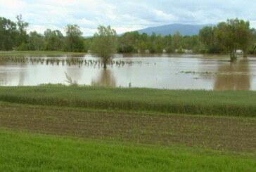 Usled prestanka padavina, povlačenja vode na mestima gde se izlila