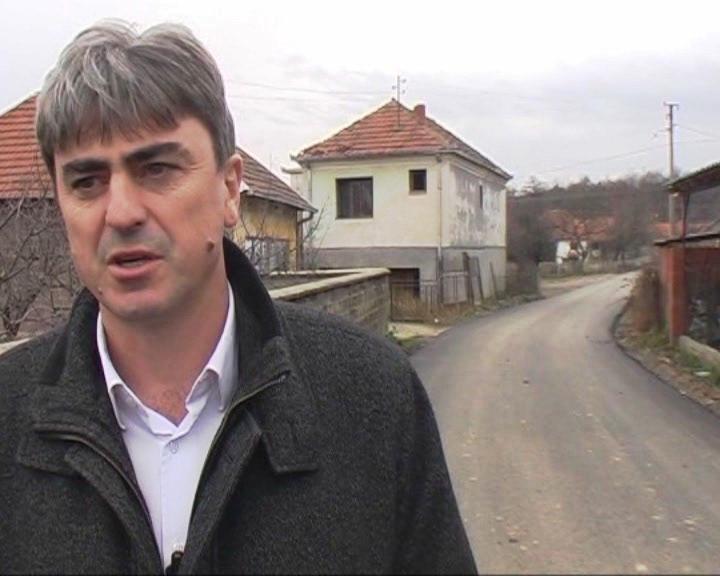 Obilazak radova na popravci i rekonstrukciji puteva na teritoriji Opštine Blace