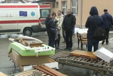 U Kruševačku bolnicu dopremljena humanitana pomoć članova Udruženja Nemanjići Tićino