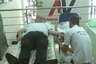 Kruševački Gradski odbor SNS organizovao akciju prikupljanja krvi