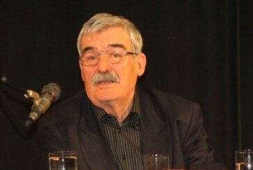 Preminuo Desimir Jevtić