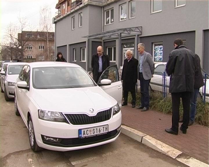 Opština Aleksandrovac donirala sredstva za kupovinu automobila policijskoj stanici