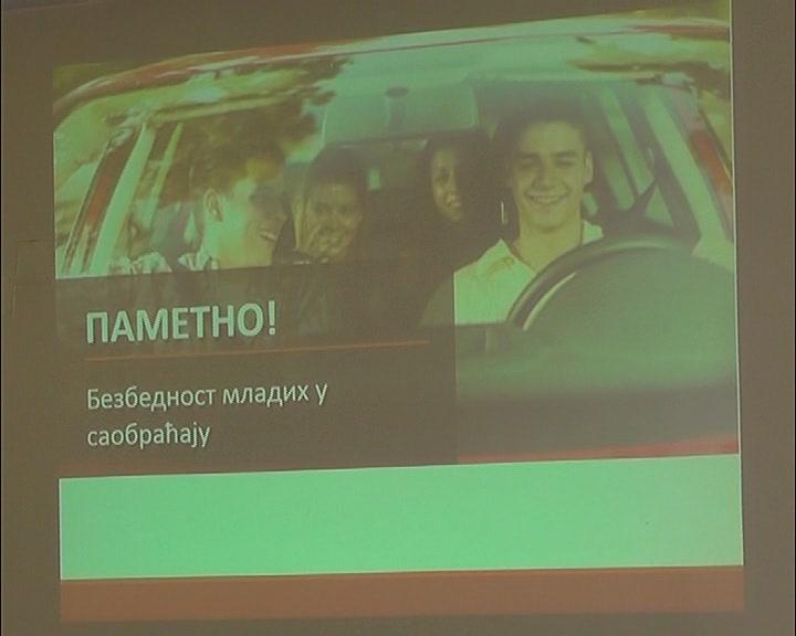"Projekti ""Prva dozvola bezbedna dozvola"" i ""Matura"" za mlade vozače"