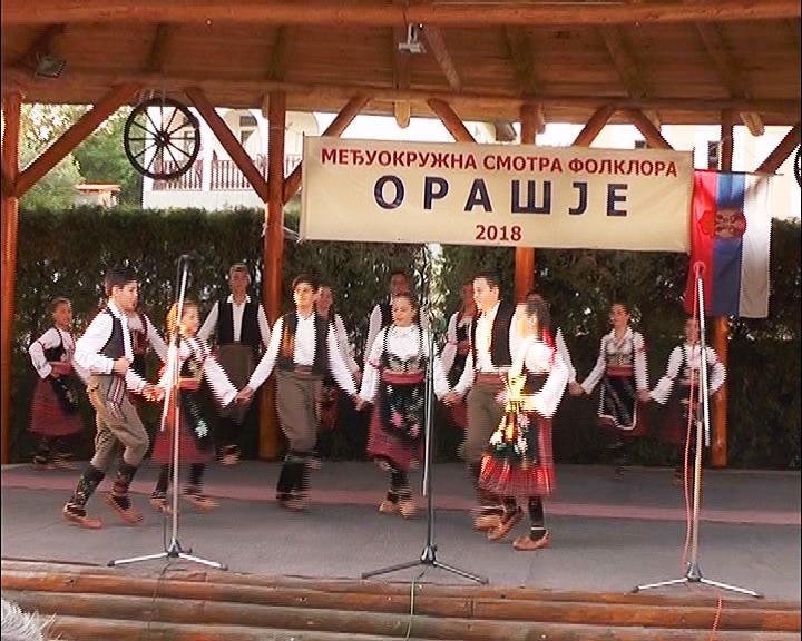 Na Međuokružnoj smotra folkornih ansambla u Orašju oko 400 učesnika