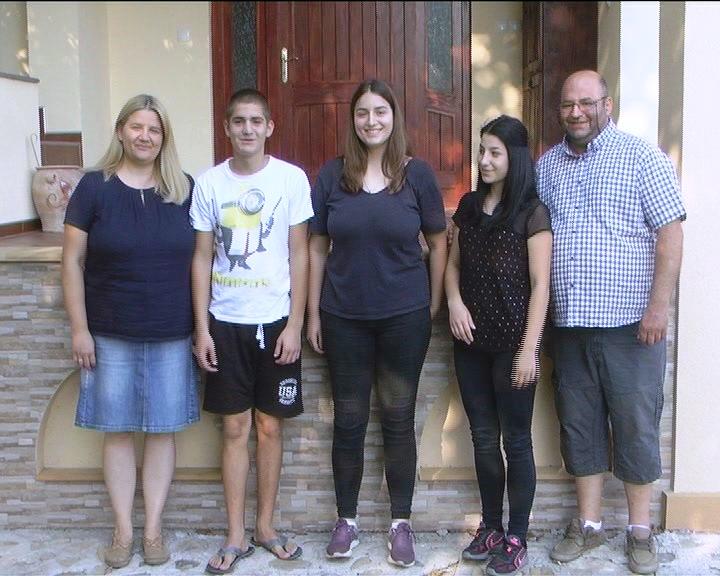 DA NAS BUDE VIŠE: U poseti petočlanoj porodici Matejić iz Velikog Šiljegovca