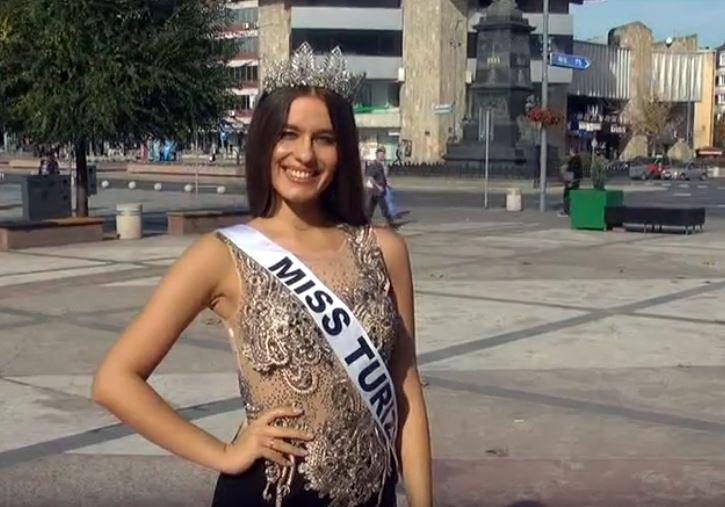 Kruševljanka Nađa Kljajić Mis turizma Srbije