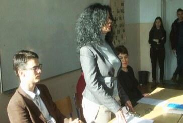 Predavanje o sidi u Medicnskoj školi u Kruševcu
