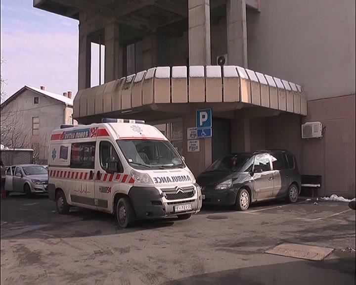 Povećan obim posla na Odeljenju Ortopedije kruševačke bolnice zbog padova na ledu i preloma